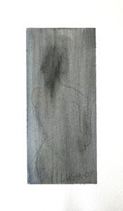 kvinna i grått